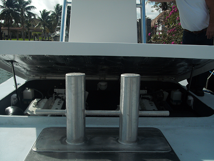 Motor box with electric lift under console